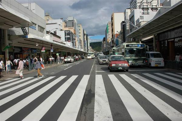 京都・四条通が来年秋から片側1車線に 歩道最大2倍 バス停も16→4 ...