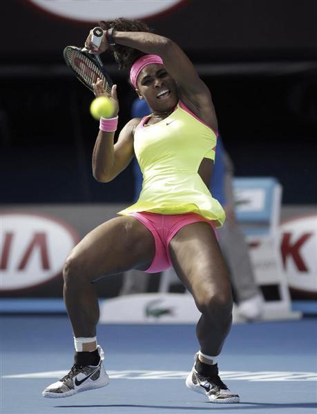 決勝に進出したセリーナウィリアムズ(AP) 前の写真へ 次の写真へ 記事に戻る 決勝に進出した