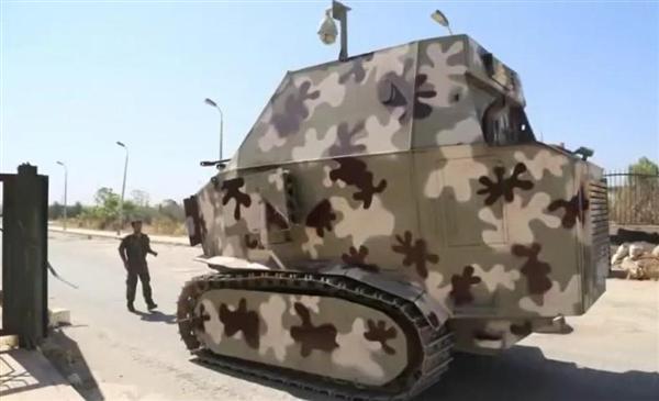 """【軍事ワールド】その名も「砂漠の芋虫」…「イスラム国」反撃にクルド人部隊が繰り出した""""手作り戦車""""(1/4ページ ..."""