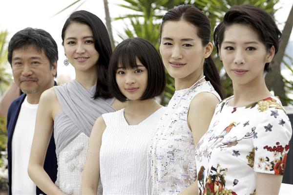 カンヌでの4姉妹と是枝監督