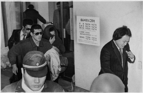 竹中組長ら狙撃事件、組長が死んだ-。泣きながら駆... 記事に戻る 竹中組長ら狙撃事件、組長が死