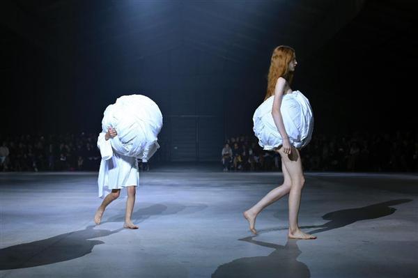 http://www.sankei.com/images/news/151015/wst1510150004-p5.jpg