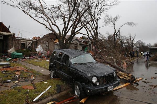 米テキサス州で竜巻 11人が死亡 ...