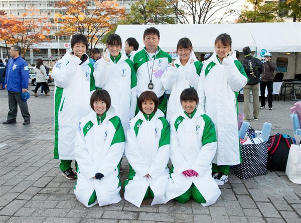 大阪ハーフマラソンに出場する石巻専修大女子競走部... フォト 大阪ハーフマラソンに出場する原田