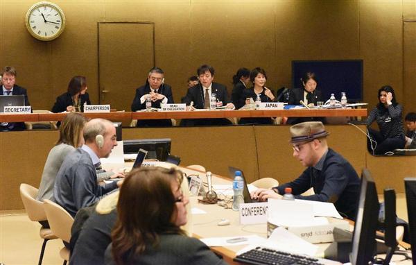 16日、ジュネーブの国連欧州本部で開かれた国連女性差別撤廃委員会の対日審査会合(共同)