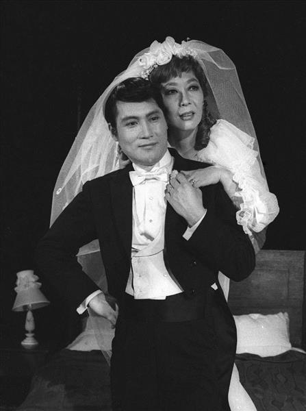1968年11月、「結婚物語」の舞台稽古で越路吹雪さん