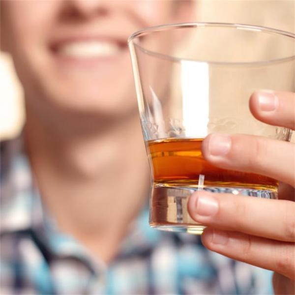 アルコール消毒で赤くなる!それはアルコールアレ …