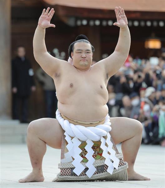 【大相撲】稀勢の里が土俵入り 雲竜型を披露 境内に「よいしょー」の掛け声響き渡る - 産経ニュー