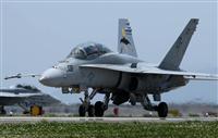 米海兵隊のF/A-18D=平成28年5月4日、岩国基地(彦野公太朗撮影)