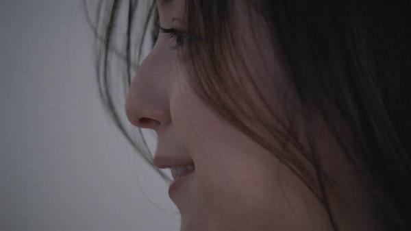 【CM】佐々木希さん出演のユニクロのブラCM 逆再生すると、本当に脱いでるように? 男性ファンが興奮 [無断転載禁止]©2ch.netYouTube動画>9本 ->画像>80枚