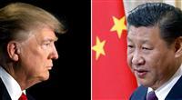 対峙する米中首脳 トランプ大統領((左)、ロイター)と習近平国家主席(AP)