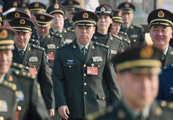 中国陸軍の集団軍を13に再編 習...
