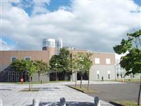 学校法人京都育英館に無償で移管譲渡される苫小牧駒澤大学 =苫小牧市錦岡