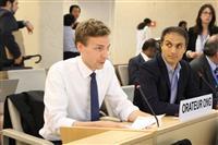 国連人権理事会で演説する「世界ウイグル会議」のピーター・アーウィン氏=6月14日、スイス・ジュネーブ(原川貴郎撮影)