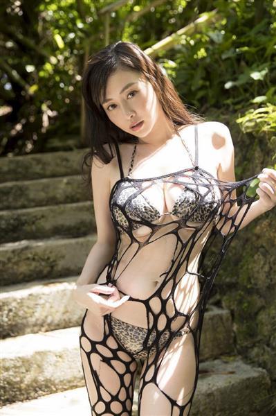 杉原杏璃さんのビキニ
