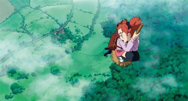 メアリと魔女の花のホウキで空を飛ぶシーン