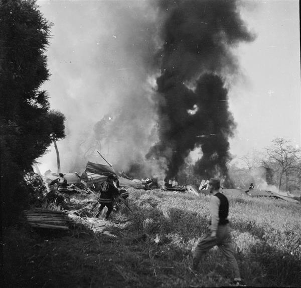 """戦後72年】撃墜されたB29を""""一枚..."""