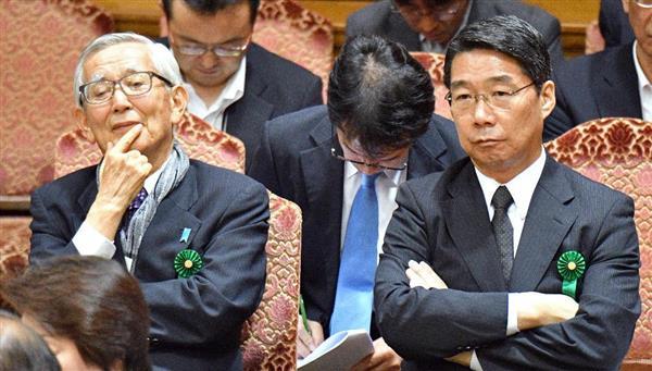 7月10日の参院の閉会中審査に出席した加戸氏(左)と前川氏。テレビの扱いには大きな格差があった