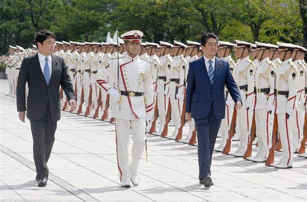安倍晋三首相が自衛隊幹部に訓示...