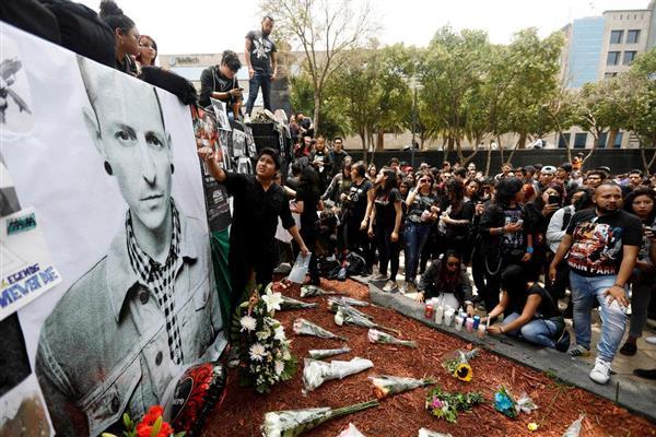 【音楽】米のメタル系バンド、リンキン・パークが10月に追悼公演 ボーカルのチェスター・ベニントンさんが自殺