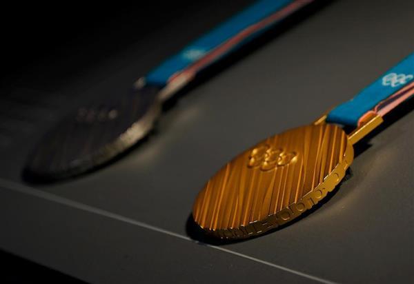 【2018平昌五輪】メダルを公開 文在寅大統領は北朝鮮参加に意欲