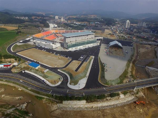 韓国経済、〔韓国平昌五輪〕平昌五輪の開閉会式場が完成「五輪史上初の行事専用」 関心は低いまま…