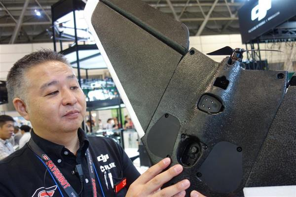 Parrot Disco AG Pro + Sequoiaを手にする株式会社スカイロボットの貝應大介代表取締役