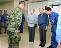 両陛下、九州北部豪雨の被災者お見舞い 「元気に過ごされますように」と慰めのお言葉