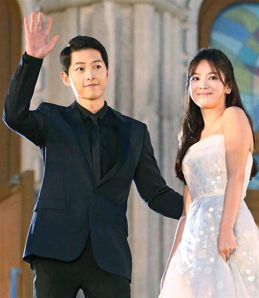 ���!�ki�*[�.Y��&_韓流スターカップル結婚中国メディアがネット中継-産経