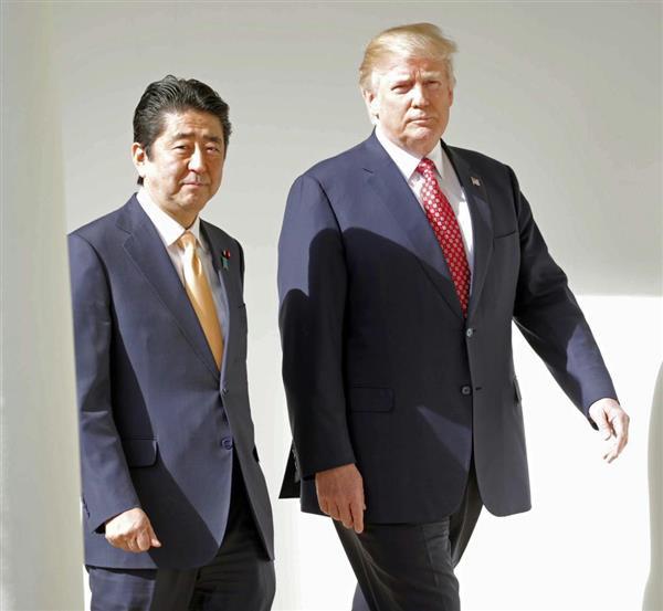 安倍首相(左)と、トランプ大統領