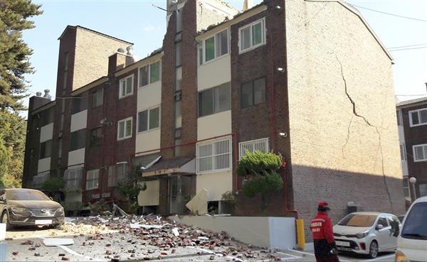 産経ニュース韓国南東部でM5.4の地震 観測史上2番目の規模、41人重軽傷Site Navigationニュース国際PR韓国南東部でM5.4の地震 観測史上2番目の規模、41人重軽傷PRPRPRご案内PRPR「ニュース」のランキングPR産経スペシャル今週のトピックスPRPR