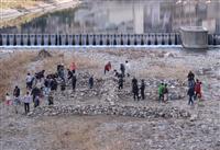 【阪神大震災】鎮魂と再生を願う「生」再現 宝塚、市民ら45人が石積み上げ
