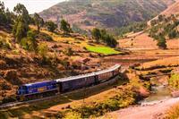 【江藤詩文の世界鉄道旅】ハイラムビンガム号(4)列車内とは思えないゴージャスな料理の共…