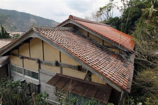 石橋松太郎がアシカ猟で稼いで建てた屋敷。現在は別の場所に移築されたが当時の面影はほぼそのまま残しているという=島根県隠岐の島町久見(小林宏之撮影)