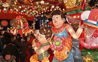 長崎の夜染めるランタンフェス 春節に合わせ1万5千個