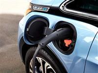 電気自動車が普及すると、電力網を「破壊」する? 問題解決のために、いまやるべきこと