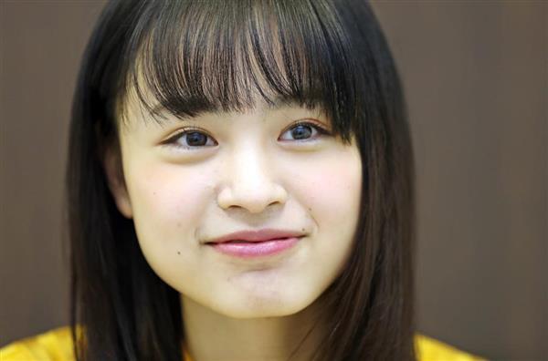 インタビューに応じる、タレントの大谷凜香(松本健吾撮影)