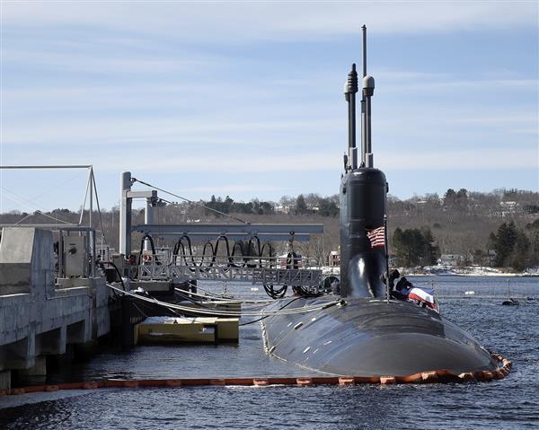 米海軍の攻撃型原子力潜水艦「コロラド」(AP)