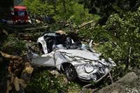【関西の議論】倒木直撃「トヨタ2000GT」、今も保管するオーナーの無念…訴訟和解も2…