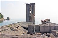【銀幕裏の声】海軍の魚雷発射試験場、佐世保軍港の遺構と人気アニメの意外な接点(上)