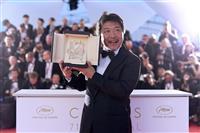 【カンヌ映画祭】「見過ごしてしまう家族の姿を可視化する」 是枝監督のカンヌ受賞会見 一…