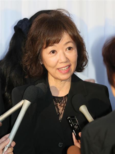 西城秀樹さん通夜】女優、浅田美...