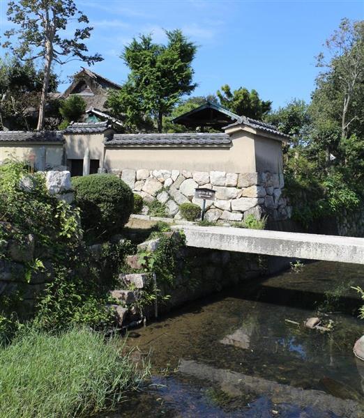 滋賀県守山市の大庄屋諏訪家屋敷(県提供)