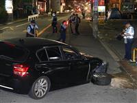 【動画】緊急走行のパトカーが事故→ハンバーガー店に激突 大阪府警布施署