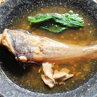 【料理と酒】肝が絶品 ドンコの味噌仕立て