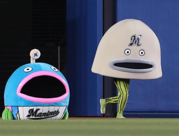プロ野球ロッテ謎の魚が第4形態に進化 ナウかったです