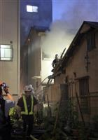民家火災で2人死亡 大阪・阿倍野の民家