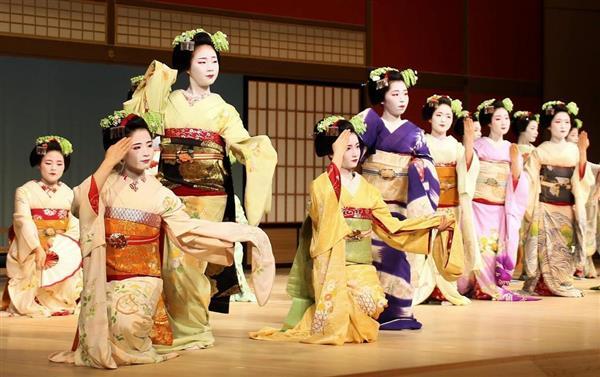 あでやか、五花街の芸舞妓が競演 京都で「都の賑い」総ざらえ ...