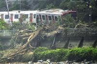 【西日本豪雨】鉄道寸断、高速道路も通行止め相次ぐ