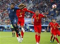 【ロシアW杯】フランス3大会ぶり決勝へ、ベルギー下す